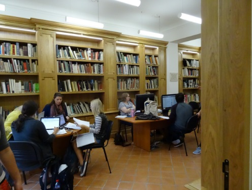 IAU Facilities: Student Library