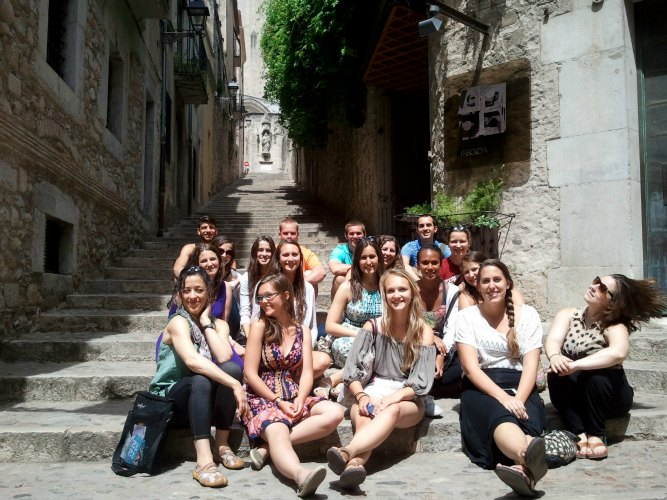 IAU students enjoying the sun in Barcelona, Spain